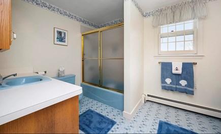 Falmouth Cape Cod vacation rental - 2nd Floor Full Bath