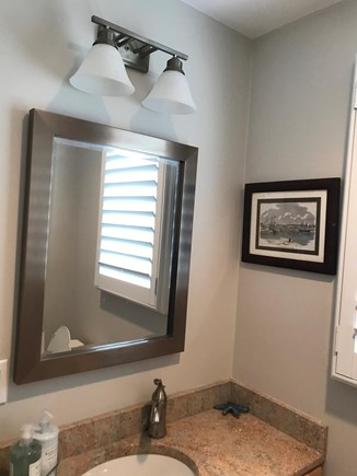 Plymouth MA vacation rental - First Floor Powder Room