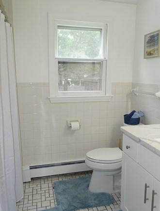South Yarmouth Cape Cod vacation rental - Main floor bathroom with tub