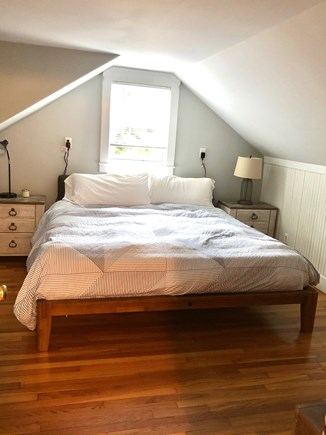 Chatham Cape Cod vacation rental - King Room Upstairs