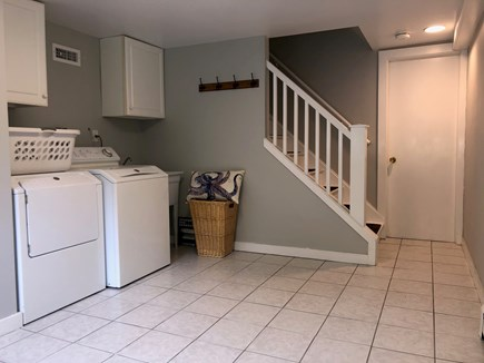 Chatham Cape Cod vacation rental - Laundry