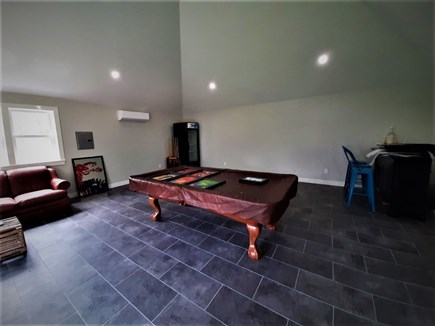 Sandwich Cape Cod vacation rental - Pool table and Cooler in Game House