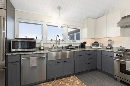 Wellfleet Cape Cod vacation rental - Stainless and Granite in Kitchen