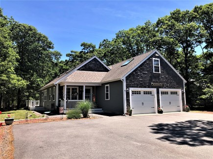 Harwich Cape Cod vacation rental - Parking for 4 cars