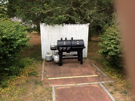 South Dennis Cape Cod vacation rental - Combination gas and charcoal grill