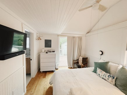 provincetown Cape Cod vacation rental - Queen bed with westin heavinly mattress, 4k tv, personal fans
