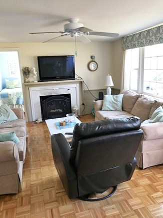 Yarmouth Cape Cod vacation rental - Comfortable living room
