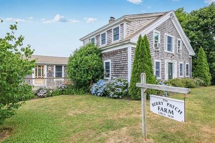 Harwich Cape Cod vacation rental - The Berry Patch !