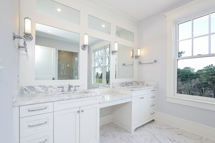 Chatham, Crows Pond and Pleasant Bay Cape Cod vacation rental - Bright and Sunny luxury Master Bathroom