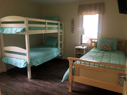 Centerville Cape Cod vacation rental - Bedroom 2- 3 single size beds