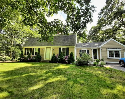 East Sandwich Cape Cod vacation rental - Spacious Lovely 4 bedroom 2 bath w/ walk-out basement Family Room