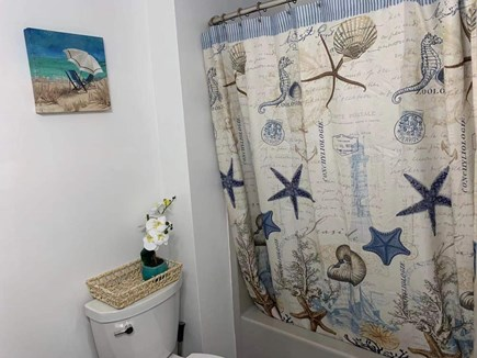 Hyannis, Barnstable Cape Cod vacation rental - Full Guest Bathroom with tub