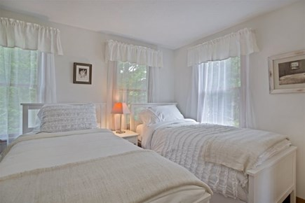 Wellfleet Cape Cod vacation rental - Second Bedroom with 2 Twin Beds