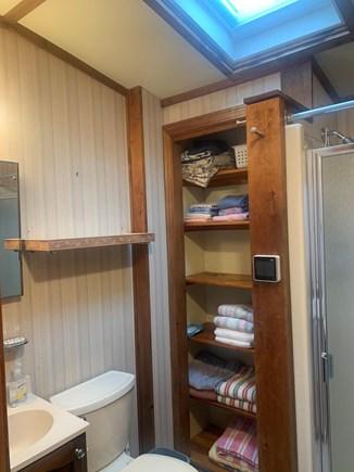 Dennis Port Cape Cod vacation rental - Indoor & outdoor shower