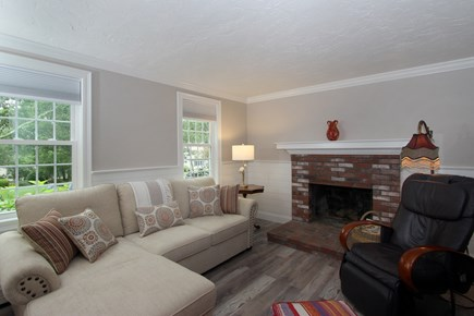 Bourne, Monument Beach Cape Cod vacation rental - Living Room