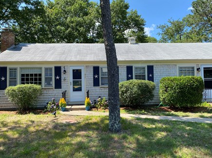 Yarmouth, Seagull Beach Awaits You! Cape Cod vacation rental - Front of House
