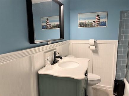 Yarmouth, Seagull Beach Awaits You! Cape Cod vacation rental - Bathroom 1