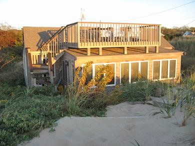 Click here to see a video of this Eastham vacation rental.