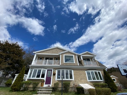 Bourne Cape Cod vacation rental - Sun-filled 4 bedrooms house just 200 feet from the private beach