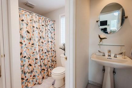 Brewster Cape Cod vacation rental - Upper level bath