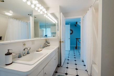 Brewster Cape Cod vacation rental - Two sinks, no waiting!