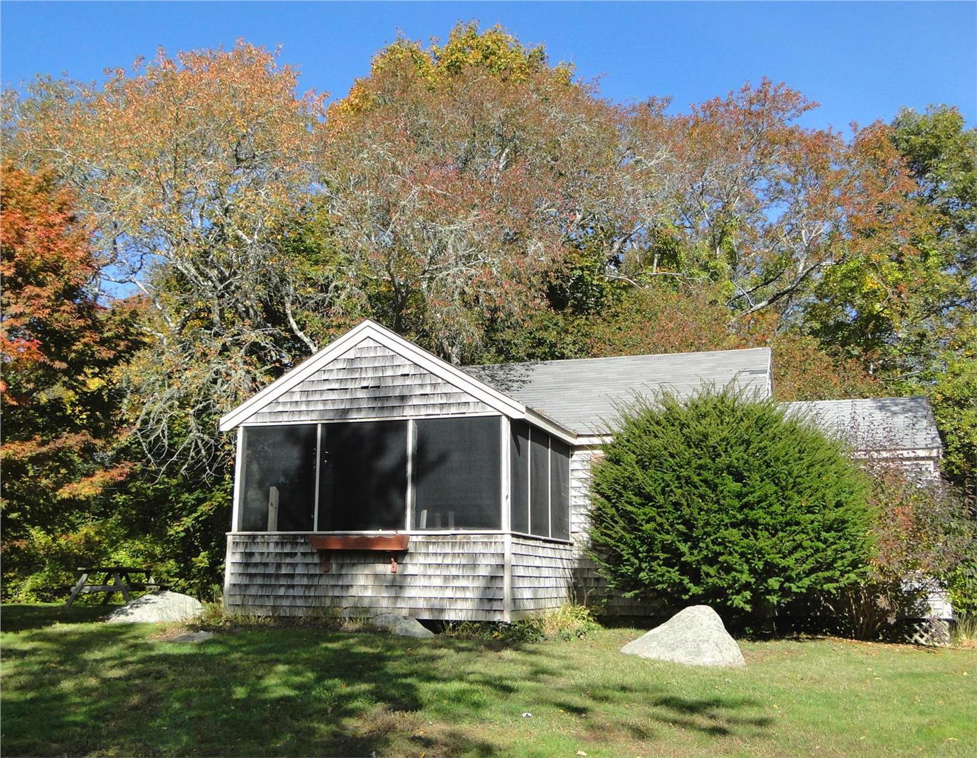 bluffs rentals real cottage estate barnstable paul robert hyannis harbor ma road