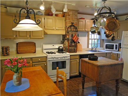 Chatham Cape Cod vacation rental - Full kitchen -  breakfast nook for 6