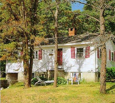 Ellisville MA vacation rental - WhiteHaven Cottage