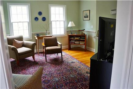 Cotuit Cotuit vacation rental - Den with TV and Blu-ray disc player
