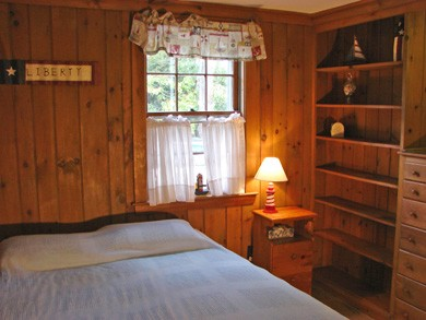 Brewster Cape Cod vacation rental - Queen sized bed in cozy front bedroom