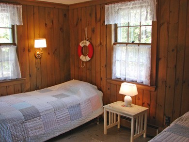 Brewster Cape Cod vacation rental - Twin bedroom with games, puzzles and books - perfect for children