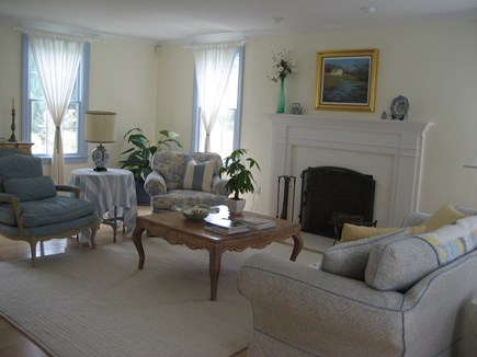 Chatham, In Olde Village near Mill Pond Cape Cod vacation rental - Living Room