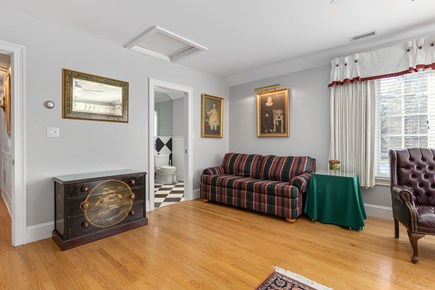Chatham, downtown Cape Cod vacation rental - Full size sleep sofa in second floor master