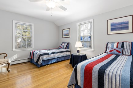 Chatham, downtown Cape Cod vacation rental - The second first floor twin bedroom with nautical theme