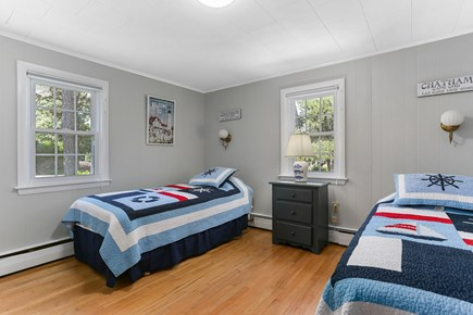 Chatham Cape Cod vacation rental - Attractive nautical themed twin bedroom