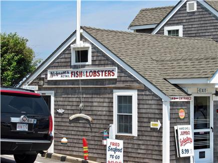 Chatham Cape Cod vacation rental - The Chatham FishPier &Market! Watch the Fleet Unload the Freshest