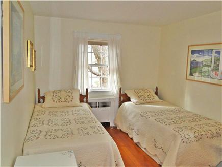 Chatham Cape Cod vacation rental - Upstairs twin bedroom