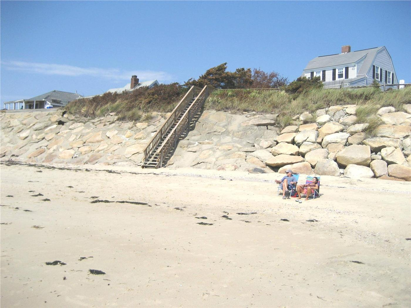 Dennis vacation rental home in cape cod ma 02639 located for Cape cod cabin