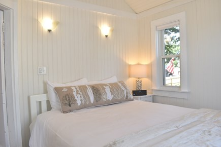 Dennis Port-Ocean Front Cape Cod vacation rental - Starfish Cottage Master Bedroom with Queen Bed.