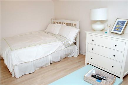 Chatham Cape Cod vacation rental - Cottage bedroom with queen bed