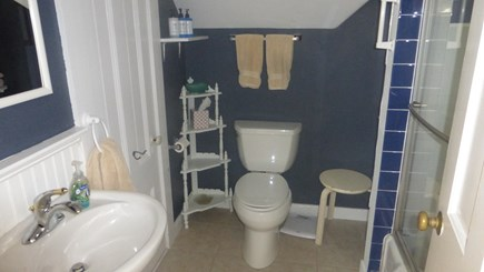 Provincetown, East End Cape Cod vacation rental - Upstairs full bathroom