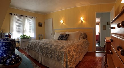 Monument Beach / Bourne Cape Cod vacation rental - King-size Bed.