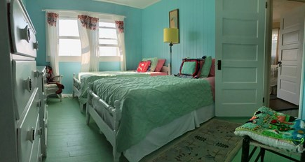 Monument Beach / Bourne Cape Cod vacation rental - Twin Beds overlooking water.