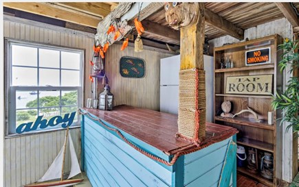 "Monument Beach / Bourne Cape Cod vacation rental - The ""Makeshift Shanty"" has a refrigerator & things for the beach."