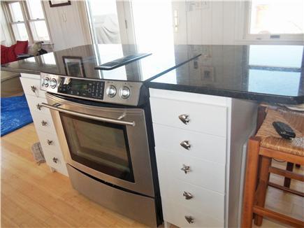 Barnstable, Cummaquid Cape Cod vacation rental - Fully applianced kitchen