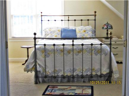Barnstable, Cummaquid Cape Cod vacation rental - Second bedroom upstairs adjoins bath,  loft