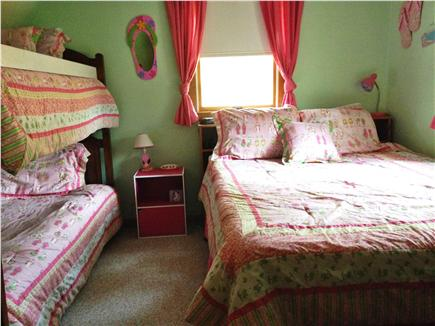 North Eastham - Bayside Cape Cod vacation rental - Playful Flip Flop decor in 4th BR has Queen and twin bunk beds