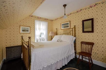 Cotuit Cotuit vacation rental - Bedroom #3 upstairs - full bed.