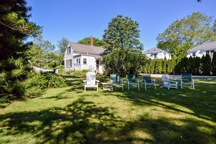 Cotuit Cotuit vacation rental - Back yard