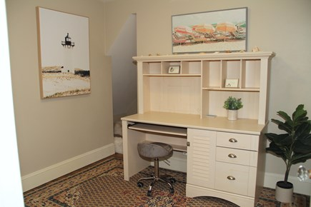 Centerville Cape Cod vacation rental - Second floor sitting area outside of the 3 bedrooms.